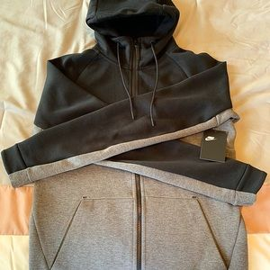 Nike Tech Fleece Hoodie size Small